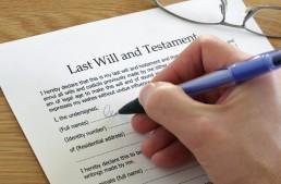 Testamento olografo e per atto di notaio: forma e differenze.